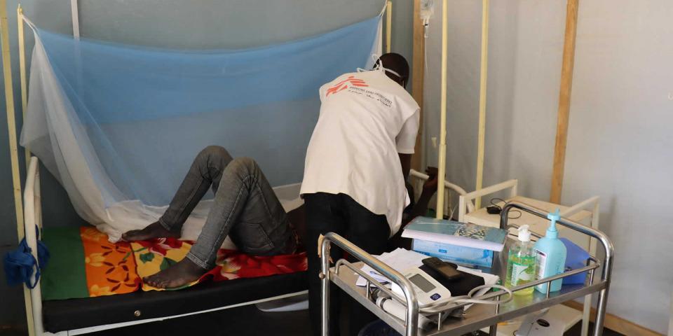 無國界醫生工作人員支援布吉納法索當地醫療設施,攝於2020年11月。© MSF/Noelie Sawadogo