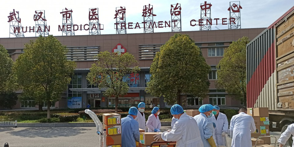 我們也運送了3.5噸醫護人員防護裝備到武漢市的金銀潭醫院。這間醫院是為2019冠狀病毒病患者提供治療的醫院之一,尤其是情況危急的患者。© MSF
