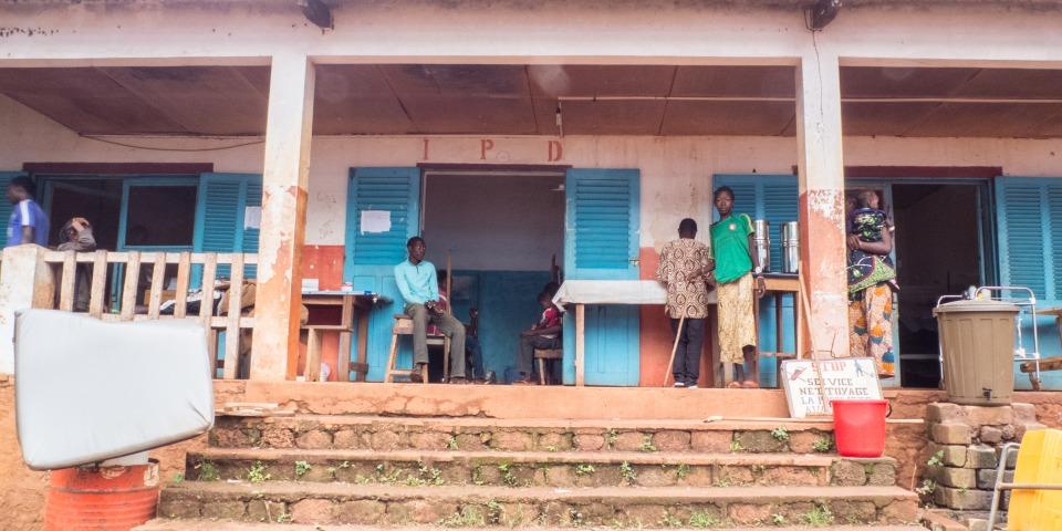 哲米歐醫院的住院部門入口。© Inga Meyer/MSF