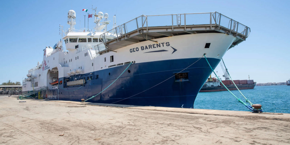 在14個小時的檢查後,搜救船被扣留在西西里島的奧古斯塔港。©Pablo Garrigos/MSF