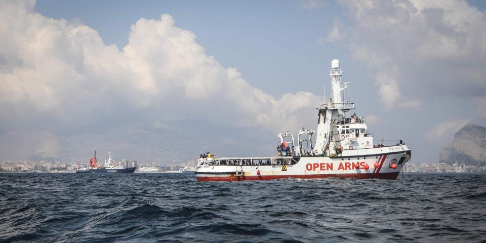 搜救船「張開雙臂號」是目前唯一在地中海中部進行搜救的非政府組織救援船。
