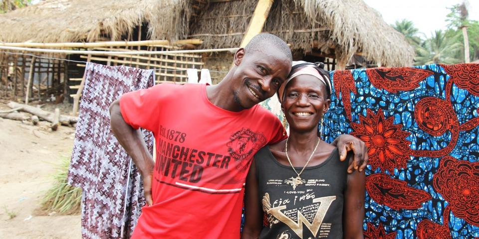 法西內和他的妻子。他盡其所能地保住妻子的性命,而他辦到了。© Annette Leopold