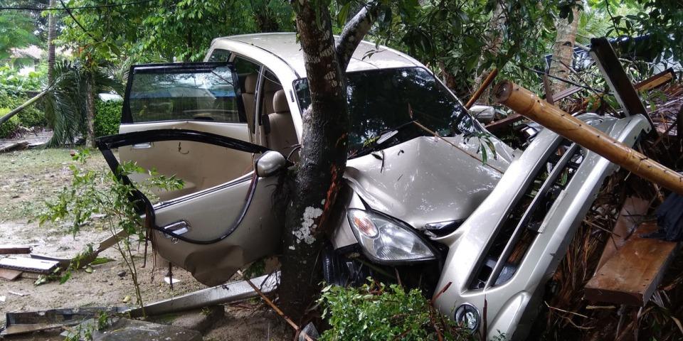 據印尼國家災害管理局表示,週六晚上巽他海峽發生的海嘯,已導致最少222人死亡、843人受傷。