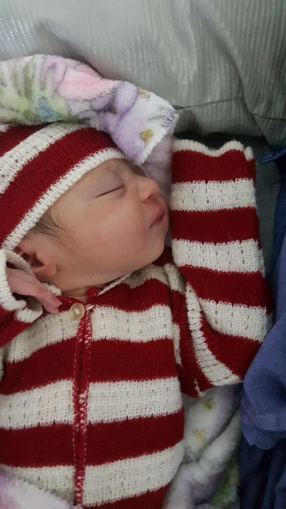 在宏都拉斯喬洛馬(Choloma),瑪莉亞(Maria)於當地時間凌晨3:30出生,體重2,610克。