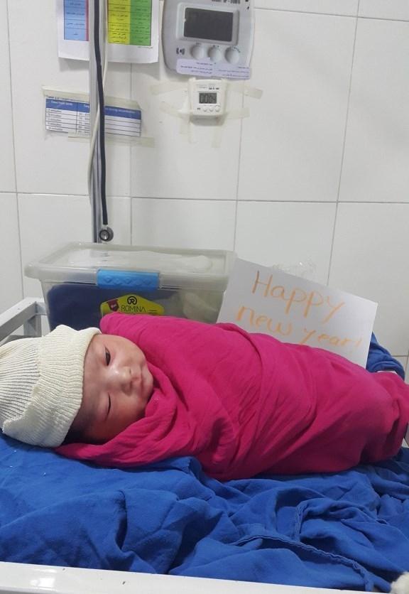 瑪莉亞姆(Mariam)是我們在阿富汗喀布爾一間產房裡迎來的新面孔,她在1月1日午夜來到這個世界。