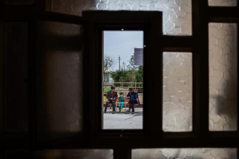 不少在戰事中受傷的兒童在無國界醫生位於哈姆達尼耶的醫院內,接受術後護理。© Diego Ibarra Sánchez/MEMO