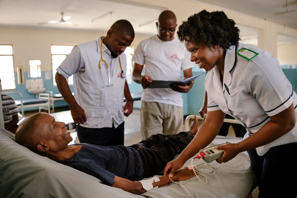 malawi-msf-assess-hiv-patient-justin.jpg