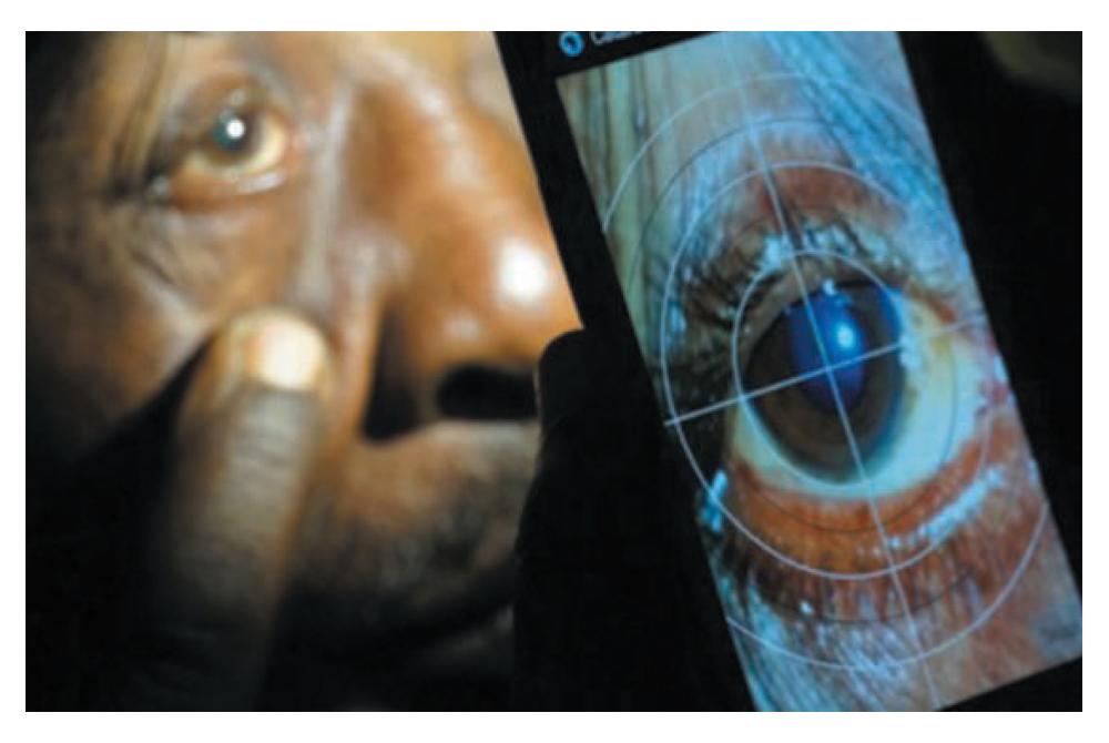 smartphone-PEEK-3.jpg