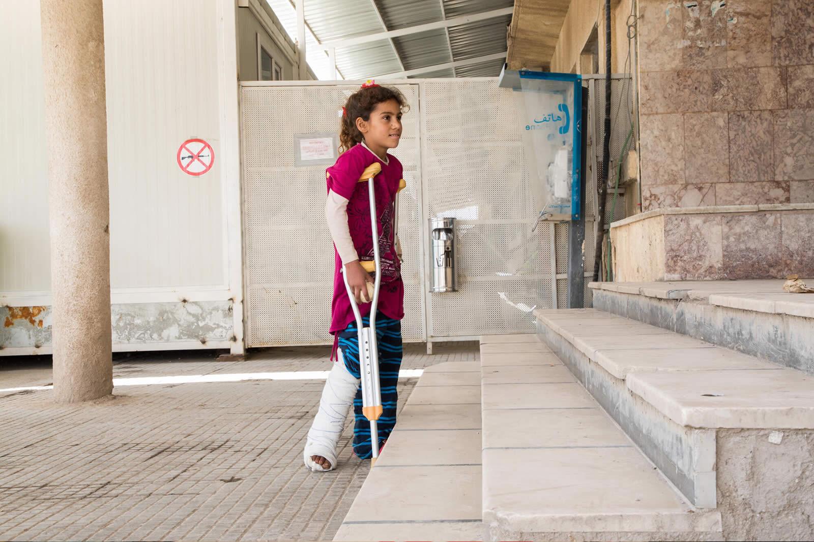 syria-10-yrs-2018-injured.jpg