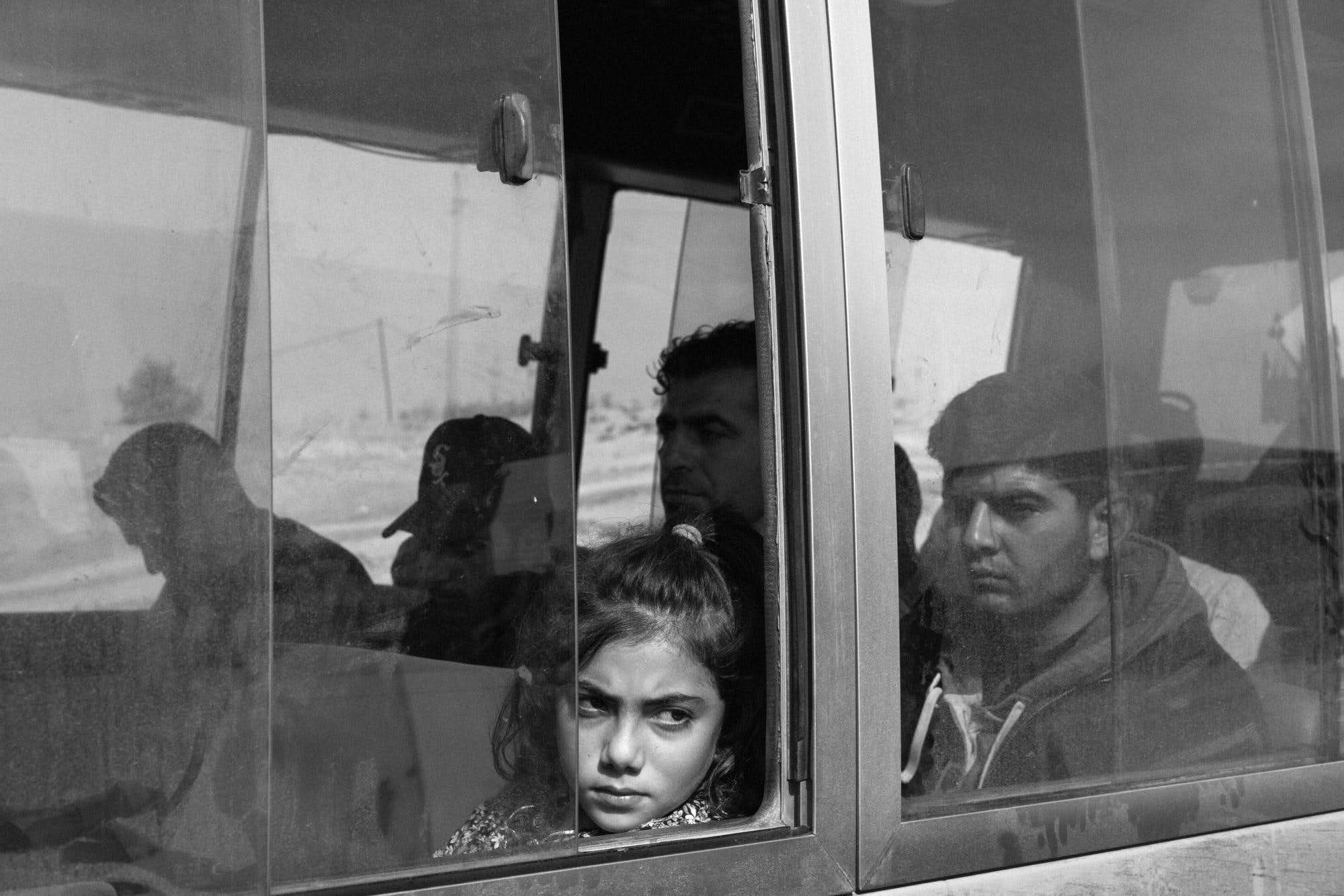 year-2019-11-iraq-displaced-bus.jpg
